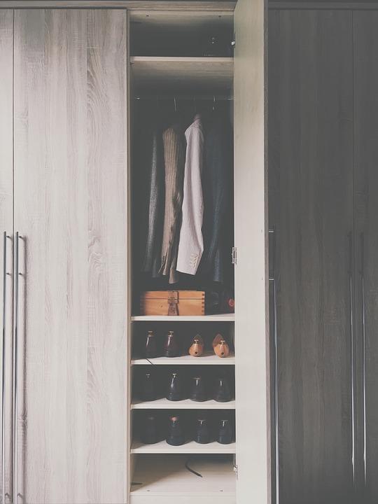 wardrobe-2605328_960_720